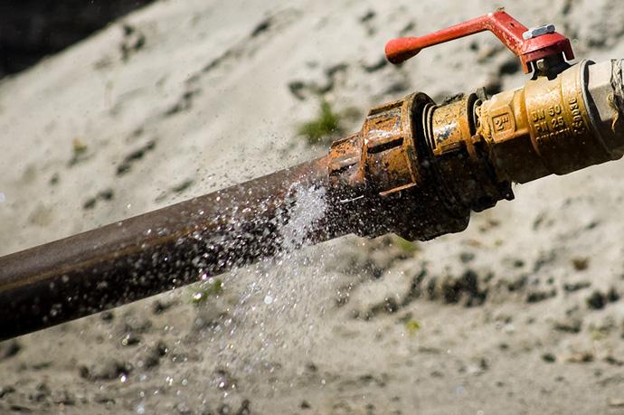 Entre los daños por agua más frecuentes de los comercios, se encuentra la rotura de tuberías