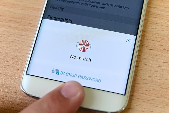 El uso de sistemas biométricos, como la huella dactilar, por parte de los usuarios impulsará la incorporación de la biometría en el checkout