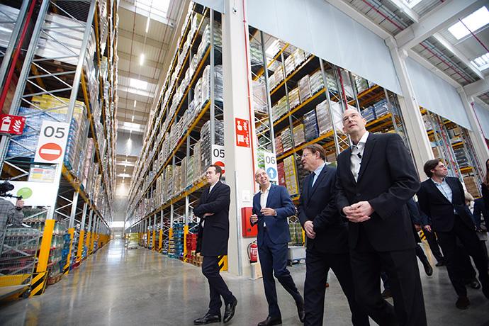 Lidl invierte 55 millones en su plataforma logística de Cheste, en Valencia