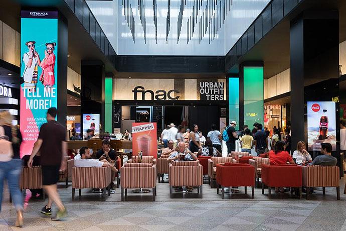 El Triangle se consolida en Plaza Cataluña con más ventas, visitantes y marcas