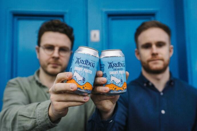 Ardbeg, la destilería escocesa de LMVH, lanza su primera cerveza