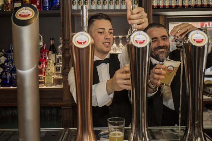 Heineken España lanza una plataforma para formar a los hosteleros frente al COVID-19