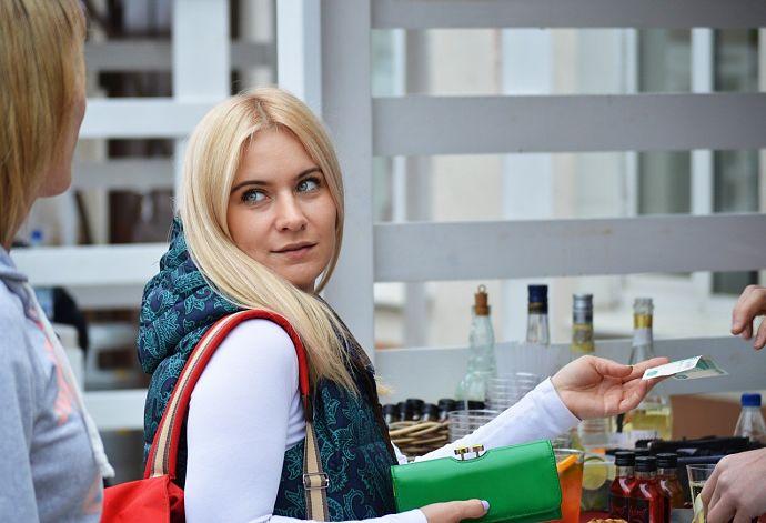 El 60% de los consumidores paralizarán sus compras superiores a 300 euros