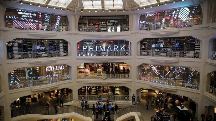 Primark realizará un nuevo ERTE en España para 200 directivos