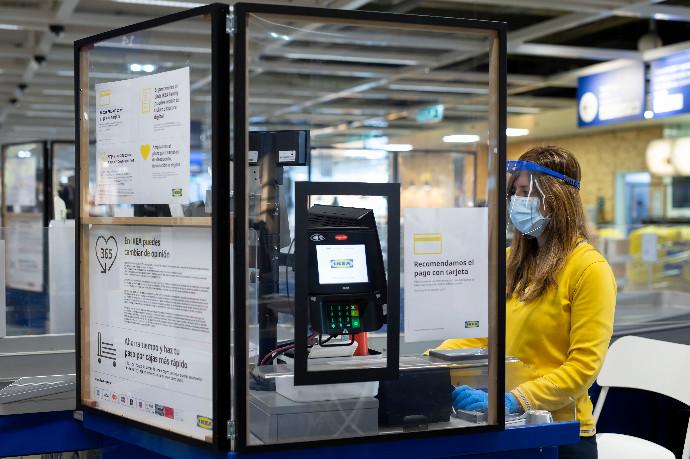 Ikea inicia la apertura de sus tiendas y cancela el ERTE
