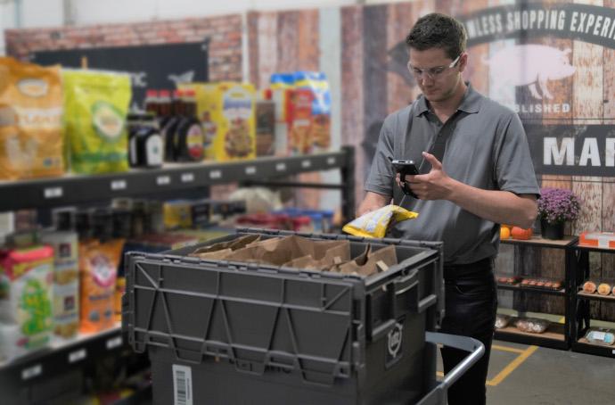 Dematic actualiza su programa de 'picking' para incorporar seguridad en el almacén