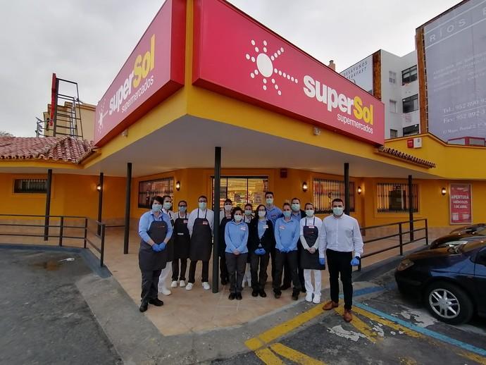 Supersol en la reapertura de su supermercado de Sabinillas