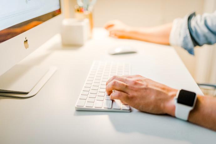 Un 42% de compradores online ha adquirido artículos en tiendas online donde no había comprado anteriormente, y un 48,3% se ha decantado por tiendas online especializadas