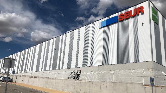 Seur inicia las operaciones en su nuevo centro logístico en Illescas