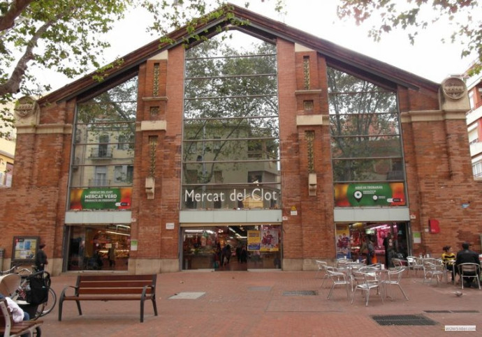 Manzaning, entrega 20.000 pedidos de comercios y mercados de Barcelona