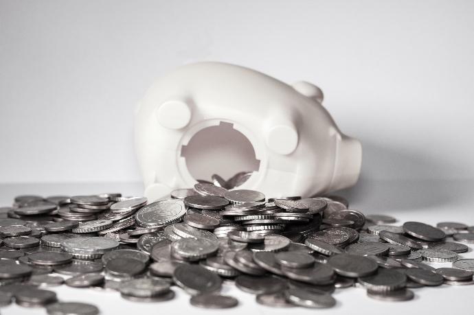 La facturación de las empresas nacionales caen en un 30,1% en mayo
