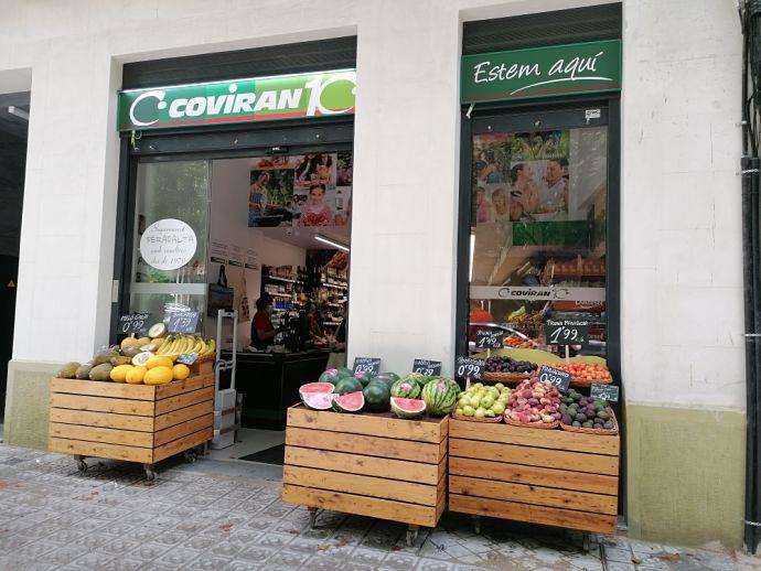 Covirán abre dos nuevos supermercados en Barcelona y Granada