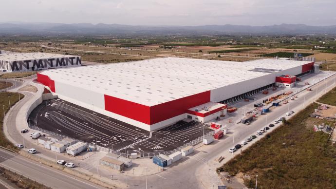 Conforama inaugura una plataforma logística en Lliria (Valencia)