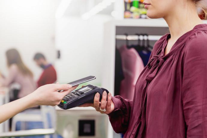 Las transacciones digitales aumentan como consecuencia de la pandemia. Crece también el uso de pago sin contacto