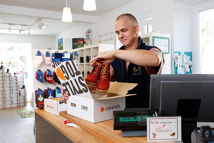 Zalando lanza su programa Connected Retail para atraer al pequeño comercio