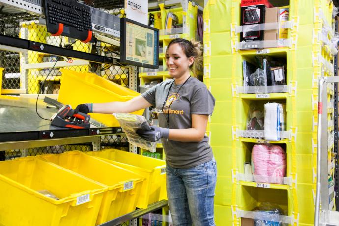 Los planes de Amazon en España le llevan a contratar 2.000 empleados