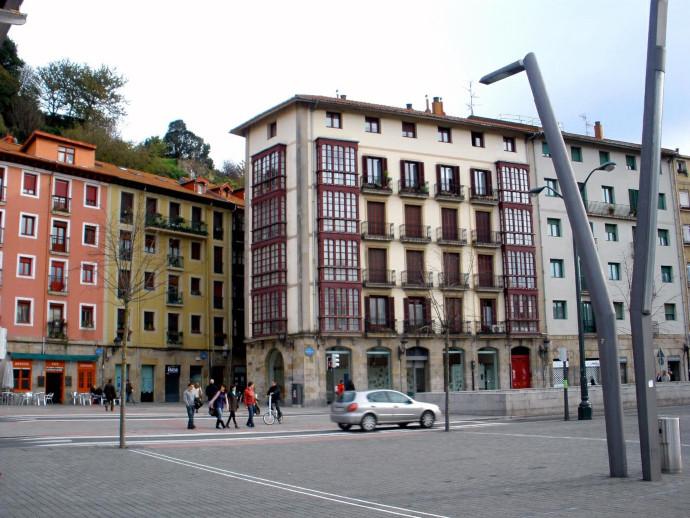Bilbao se posiciona como la ciudad española con mayor recuperación del tráfico peatonal en calles comerciales, respecto a mayo, pero aún inferior a lo registrado en 2019