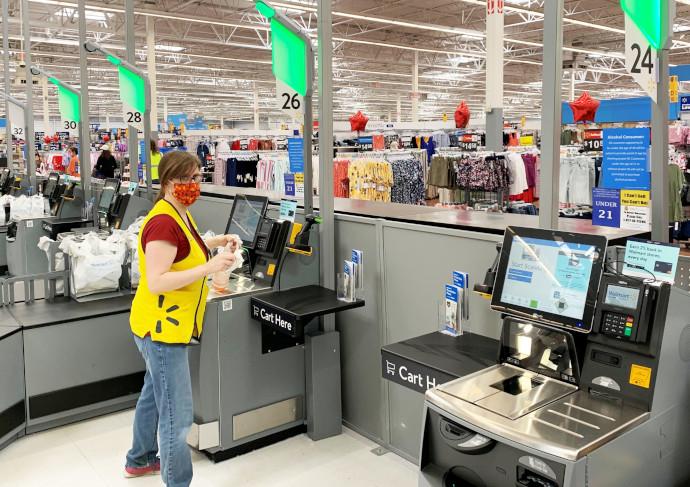 Walmart prueba a retirar las líneas de cajas para instalar el autoservicio