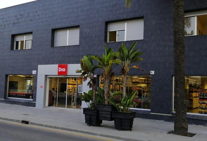 Grupo DIA abre una nueva tienda en el puerto de Ceuta