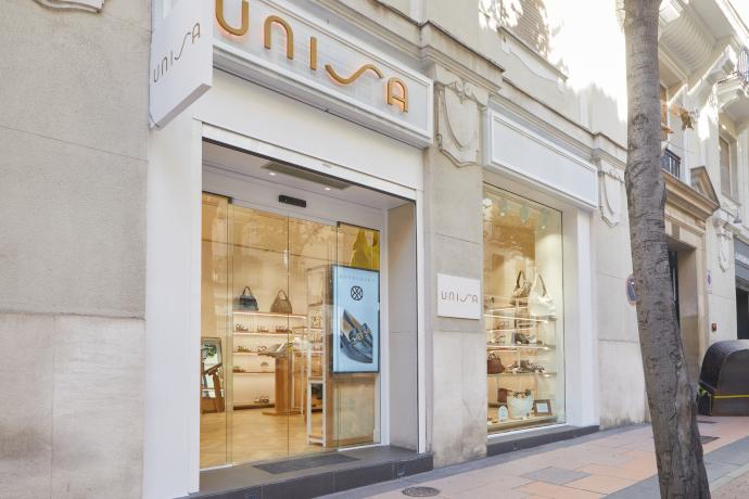 Unisa tienda Madrid apertura