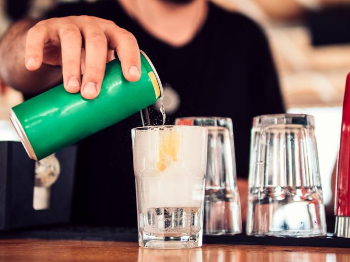 Las marcas de refrescos muestran su rechazo a la subida del IVA de las bebidas con azúcar