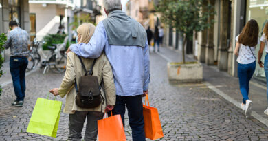 Las ventas de Comertia en noviembre se contraen un 30,1%