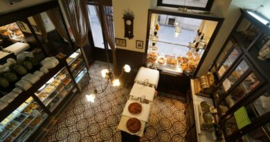 La Antigua Pastelería El Pozo lanza su canal propio de delivery por el COVID