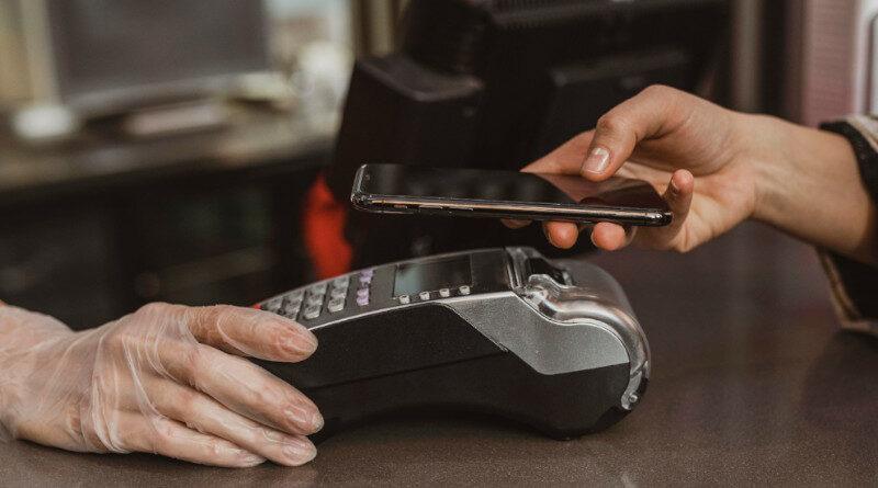 El pago sin contacto, cada vez más presente entre los pequeños retailers