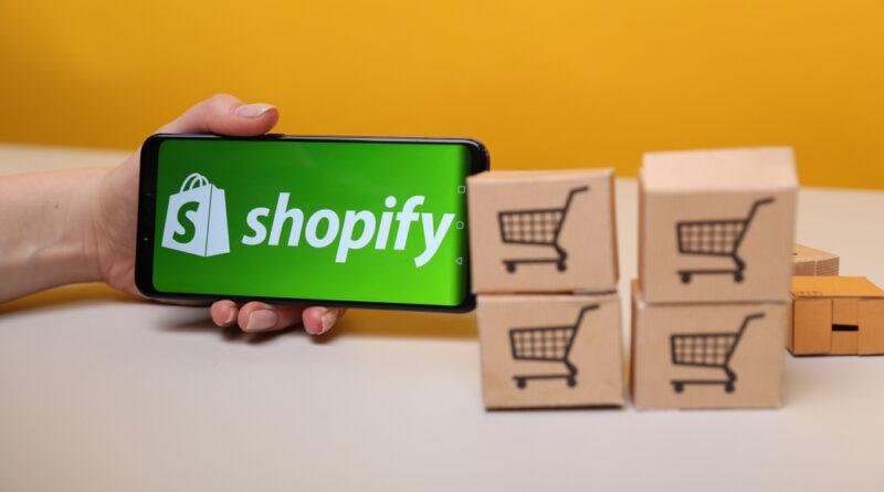 Social Commerce. Google, Facebook, Amazon, ante el boom Shopify
