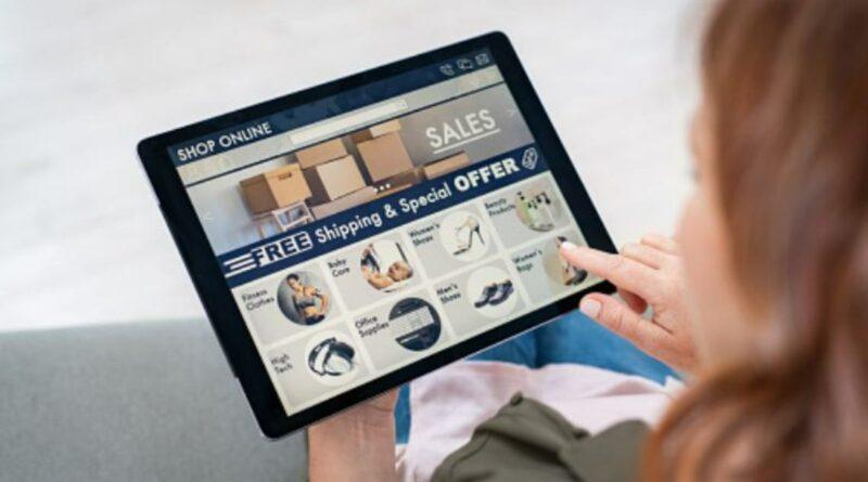 Uno de cada tres españoles ya compra por internet todas las semanas