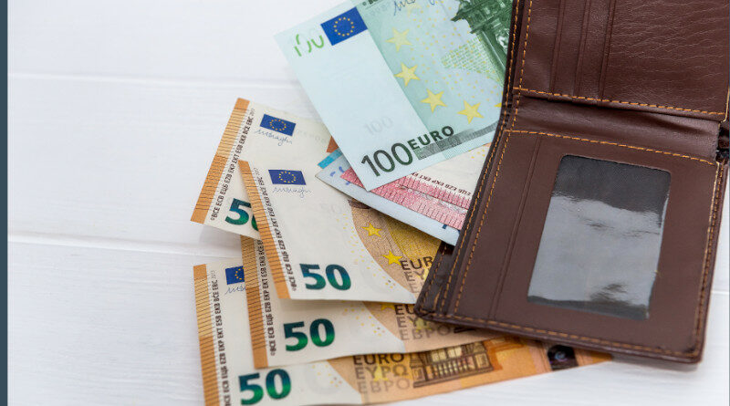 El CESE solicita armonizar las reglas del pago en efectivo en la UE