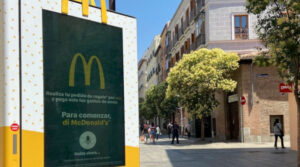 Mupis por voz de McDonalds