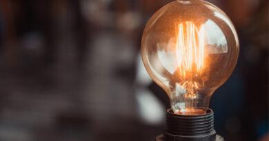 La nueva tarifa de la luz cambia los hábitos de consumo de 8 de cada 10